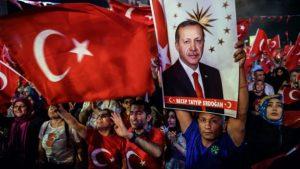 160724120626_pro-erdogan_supporters_640x360_afp_nocredit