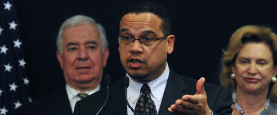 Keith Ellison (C) speaks during a visit by U.S. Representatives discussing bilateral relationships between Egypt and the U.S., in Cairo March 15, 2012. REUTERS/Esam Al-Fetori (EGYPT - Tags: POLITICS)