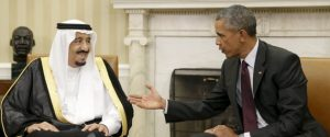 U.S. President Barack Obama (R) meets with Saudi King Salman bin Abdulaziz in the Oval Office of the White House in Washington September 4, 2015. This is the king's first visit to the United States since ascending to the throne in January. REUTERS/Gary Cameron      TPX IMAGES OF THE DAY